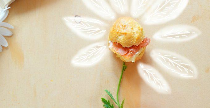Bignè al Prosciutto di Parma e crema di Parmigiano e limone